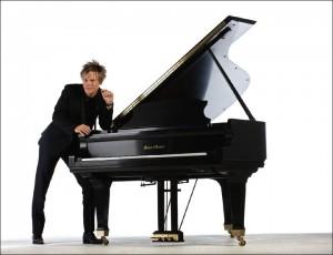 BC-piano-white-30x23
